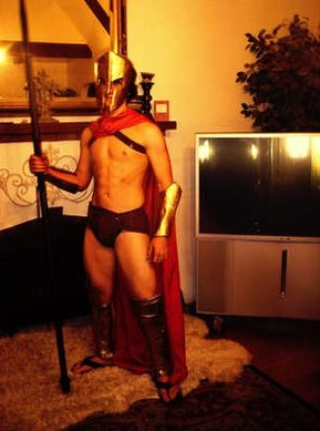 diy-spartan-halloween-costume.jpg