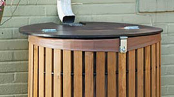 Super Cheap and Easy DIY Wooden Rain Barrel Idea