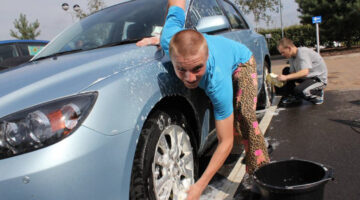 Eco Friendly Car Wash Supplies + 5 Ways To Save Water And The Environment!