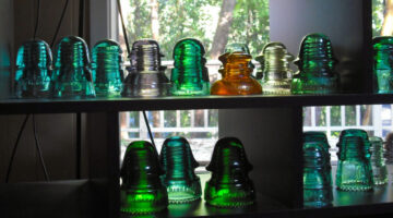 4 Cool Ideas For Reusing Glass Insulators From Telephone Poles And Power Poles
