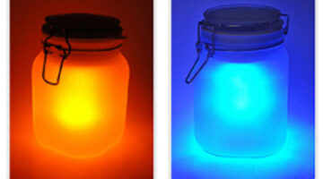 sunjar-solar-powered-lamp