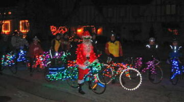 How To Turn Your Bike Into The Hottest Christmas Lights Display on Two Wheels