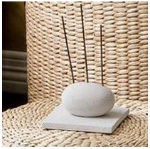 zen-stone-incense-holder